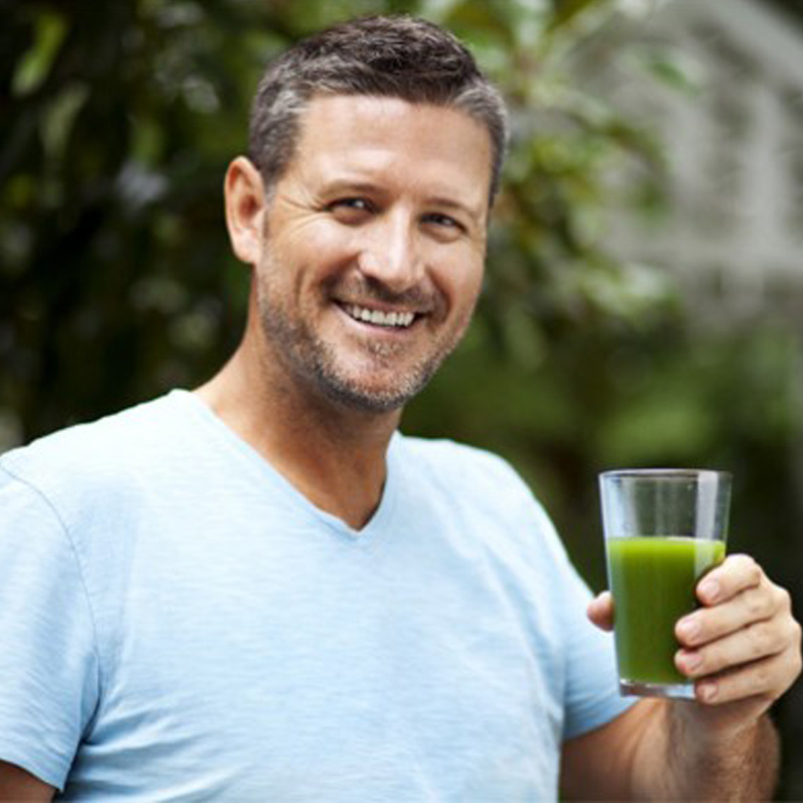 Joe Cross drinks a green juice
