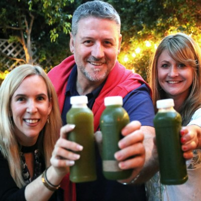 Allison & Suzy juice with Joe Cross at The Food Heals Podcast Studio.